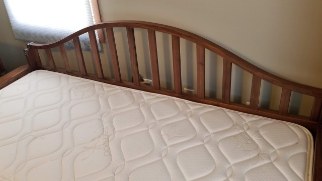 Daybed with trundle pull out